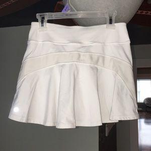Lululemon skirt white